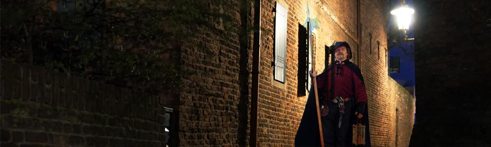 Nachtwächter am Dreigiebelhaus